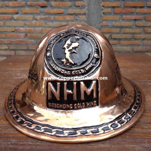 Helm tembaga untuk tambang dari Boyolali