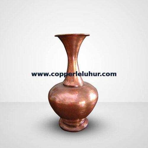 Vas bunga unik dari bahan tembaga